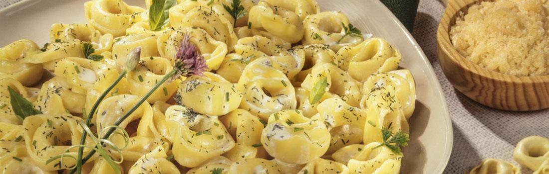 Cómo preparar tortellini fresco con sabor italiano?